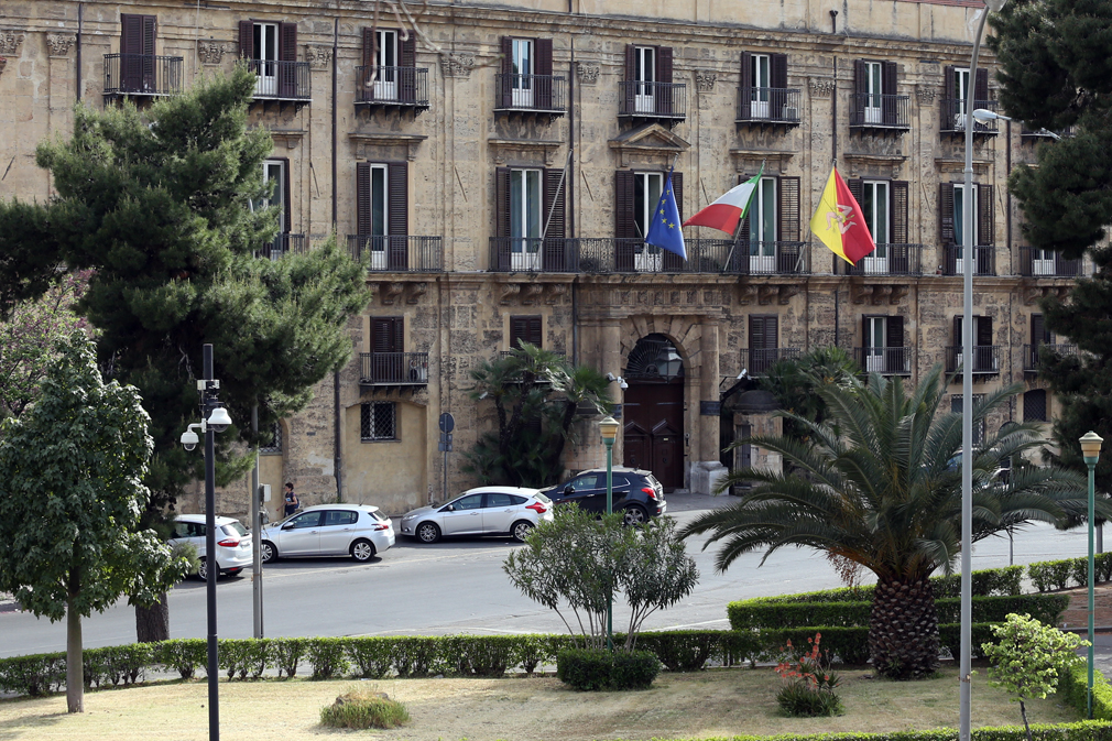 Tirocini per giovani laureati Sicilia