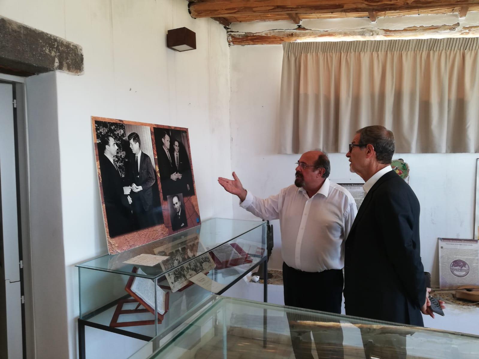 Musumeci visita Salina, nasce progetto rete dei musei dell'emigrazione