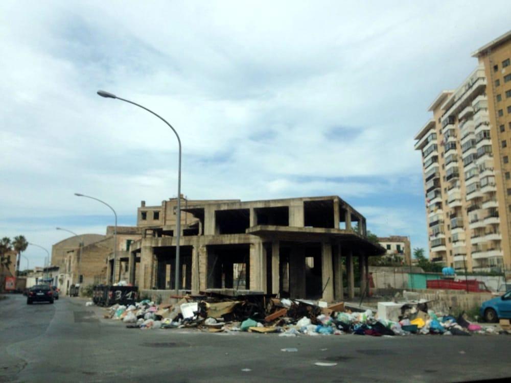 Segnalazioni abbandono rifiuti a Palermo