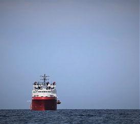 Ocean Viking, sbarcati a Lampedusa 82 migranti