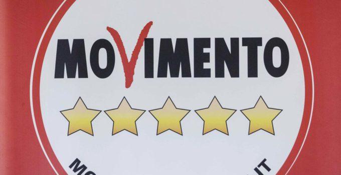 Il MoVimento 5 Stelle dona 300mila euro alle scuole siciliane