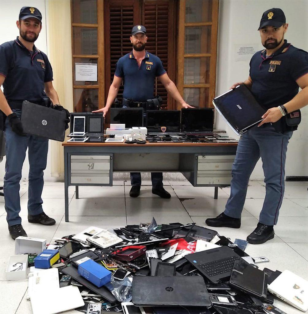 Cellulari, tablet e pc rubati a Ballarò