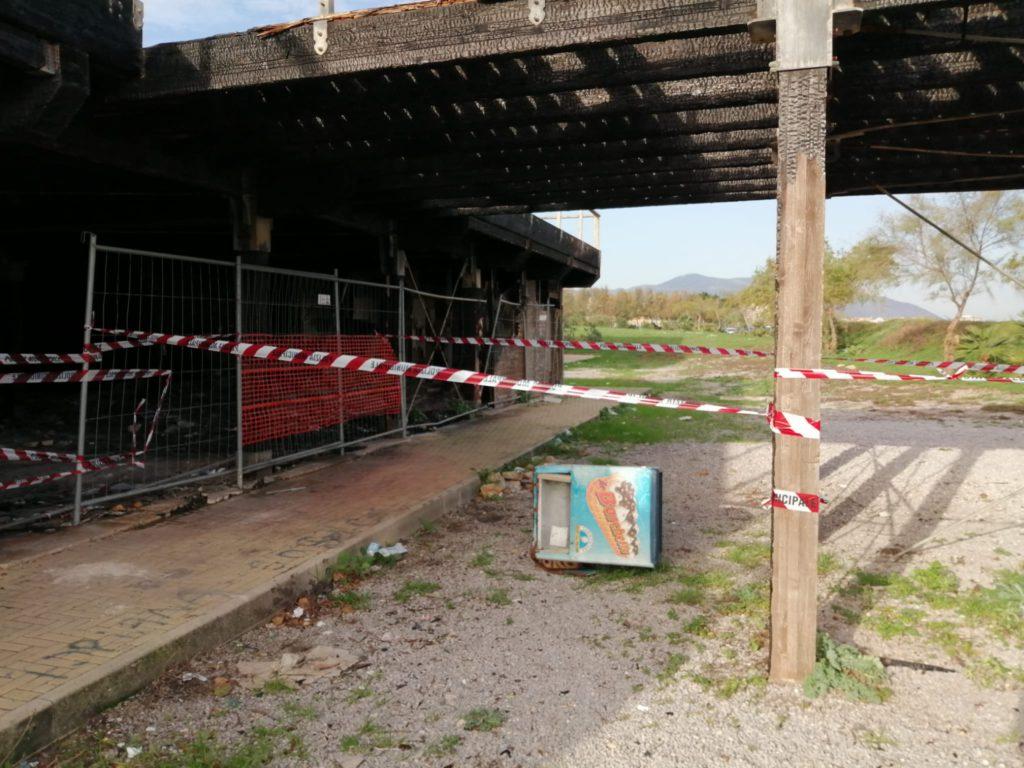 Sequestrato pontile di via Messina Marine