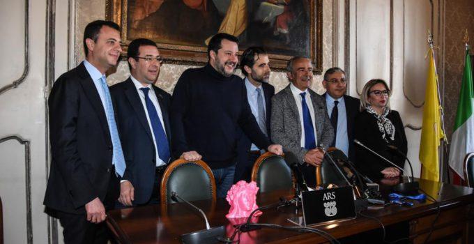 Salvini presenta il nuovo gruppo