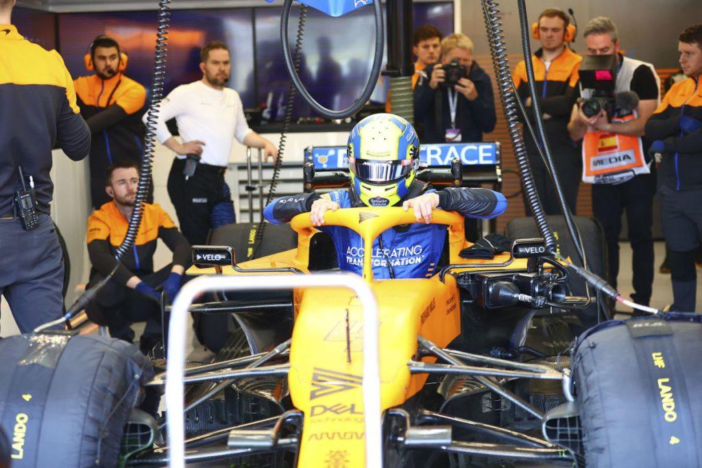 La McLaren non corre: un componente del team è positivo al Coronavirus