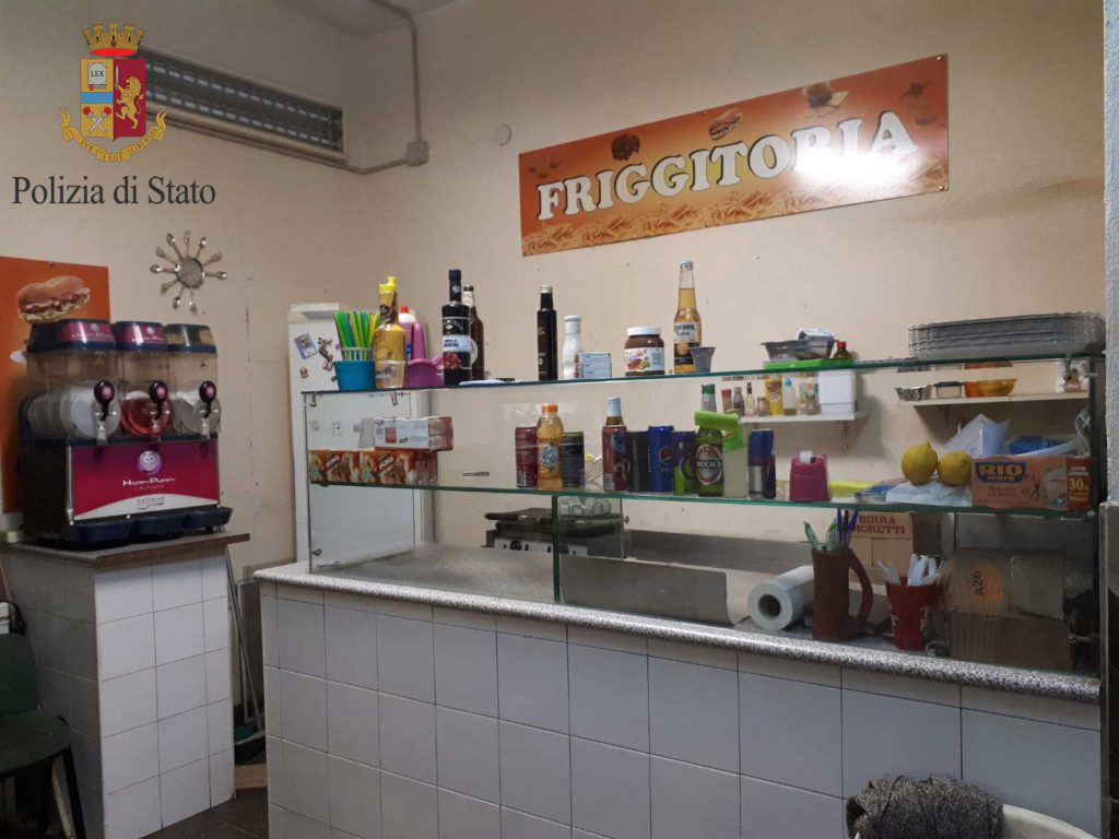 Sequestrato bar abusivo