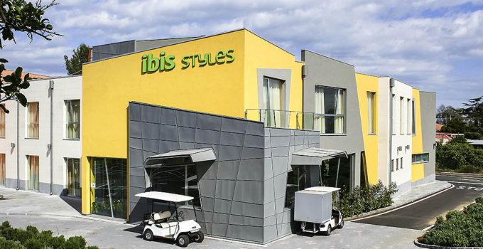 Ibis Hotel di Acireale pronto