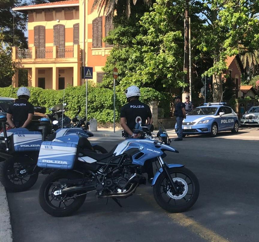 Due arresti in flagranza di furto