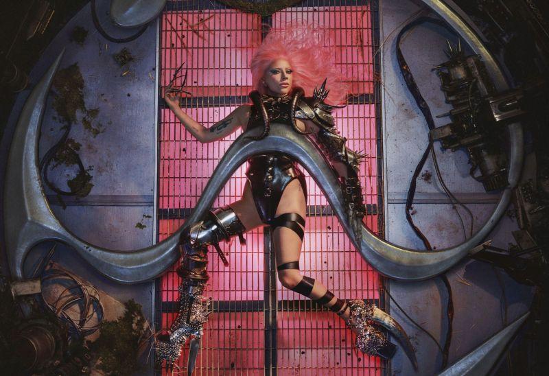 Lady Gaga e le BLACKPINK rilasciano a sorpresa Sour Candy