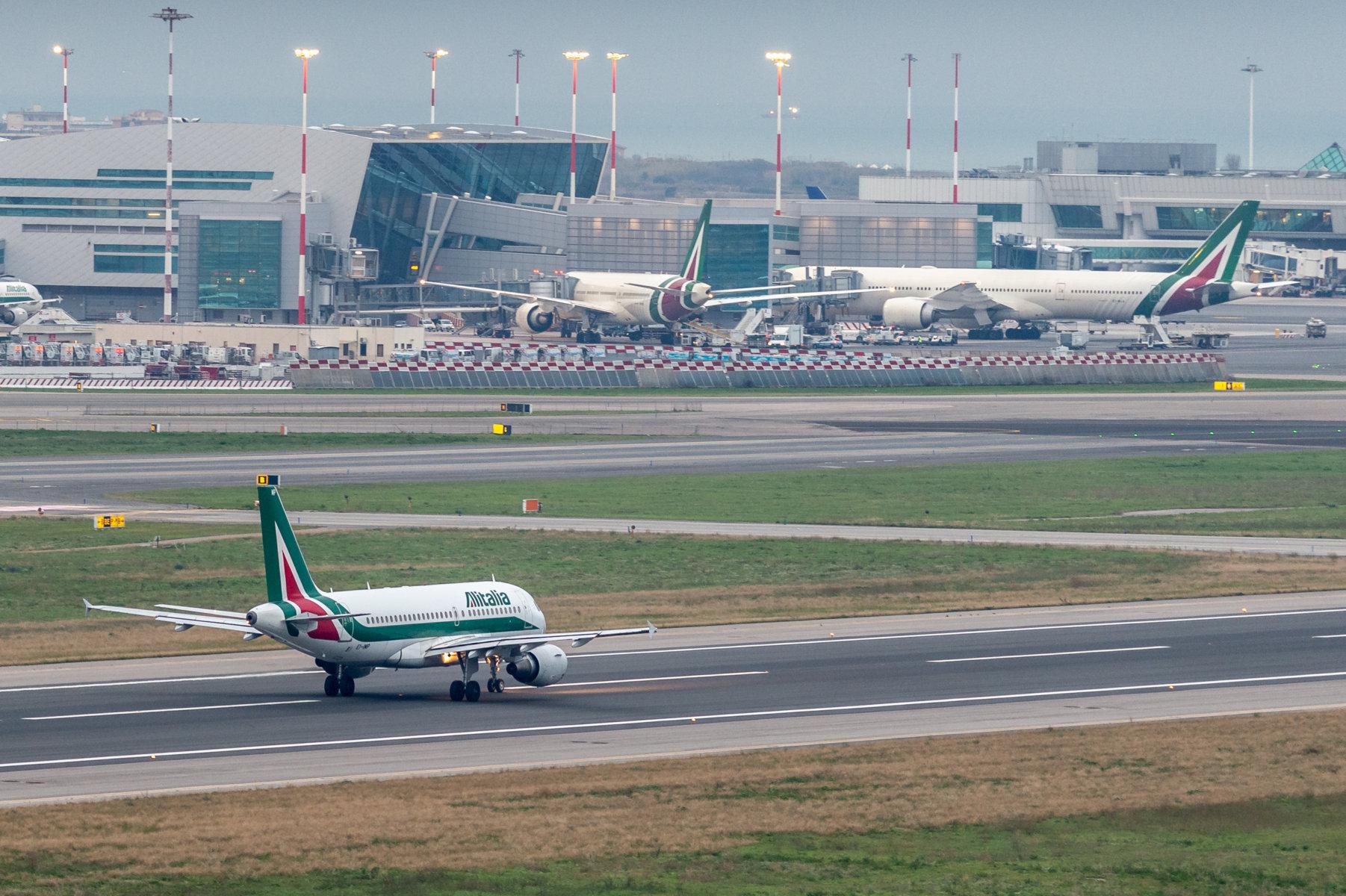 Alitalia: da giugno voli diretti con New York, la Spagna e il Sud Italia anche da Milano