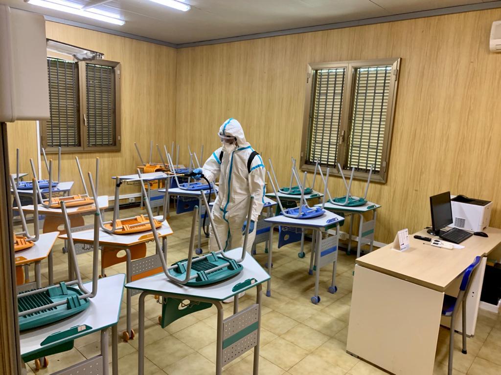 L'Esercito sanifica le scuole siciliane