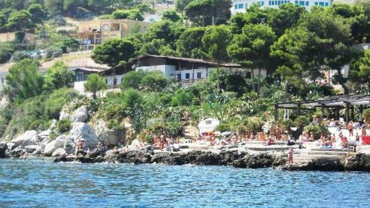 Baia del Corallo, revocato il divieto di balneazione temporaneo