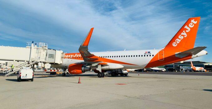 EasyJet torna a volare anche in Sicilia