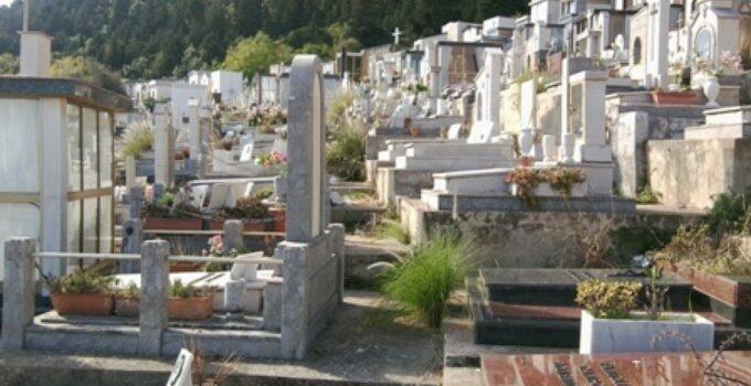 Emergenza cimiteri a Palermo