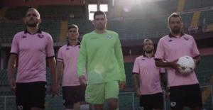 Palermo, svelate le nuove maglie: le divise per la Serie C 2020-2021 / VIDEO - FOTO