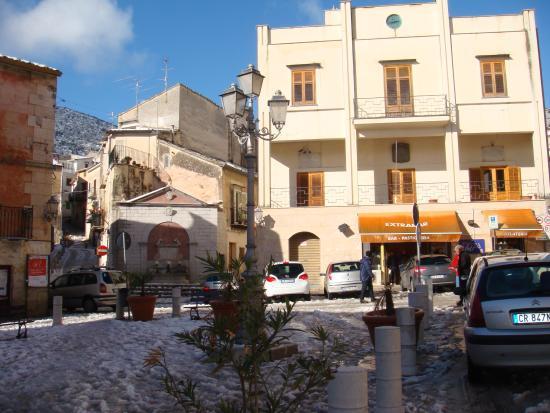 Scuole chiuse a Piana degli Albanesi