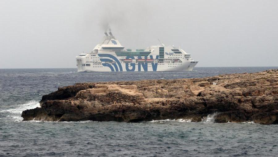Trasferimento migranti sulla Rapsody