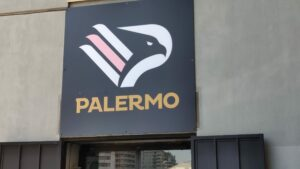 Palermo, 10 positivi: contro la Turris si gioca comunque alle 18,30