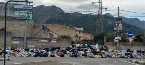 Rifiuti a Palermo, emergenza passata ma raccolta a rilento