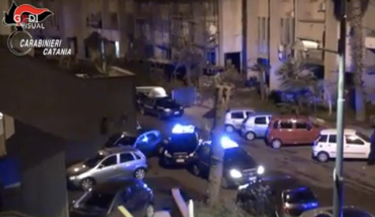 Operazione antimafia a Catania, azzerate dodici piazze di ...