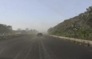 Cenere lavica sulla A18, sospeso pedaggio a Giarre e Fiumefreddo
